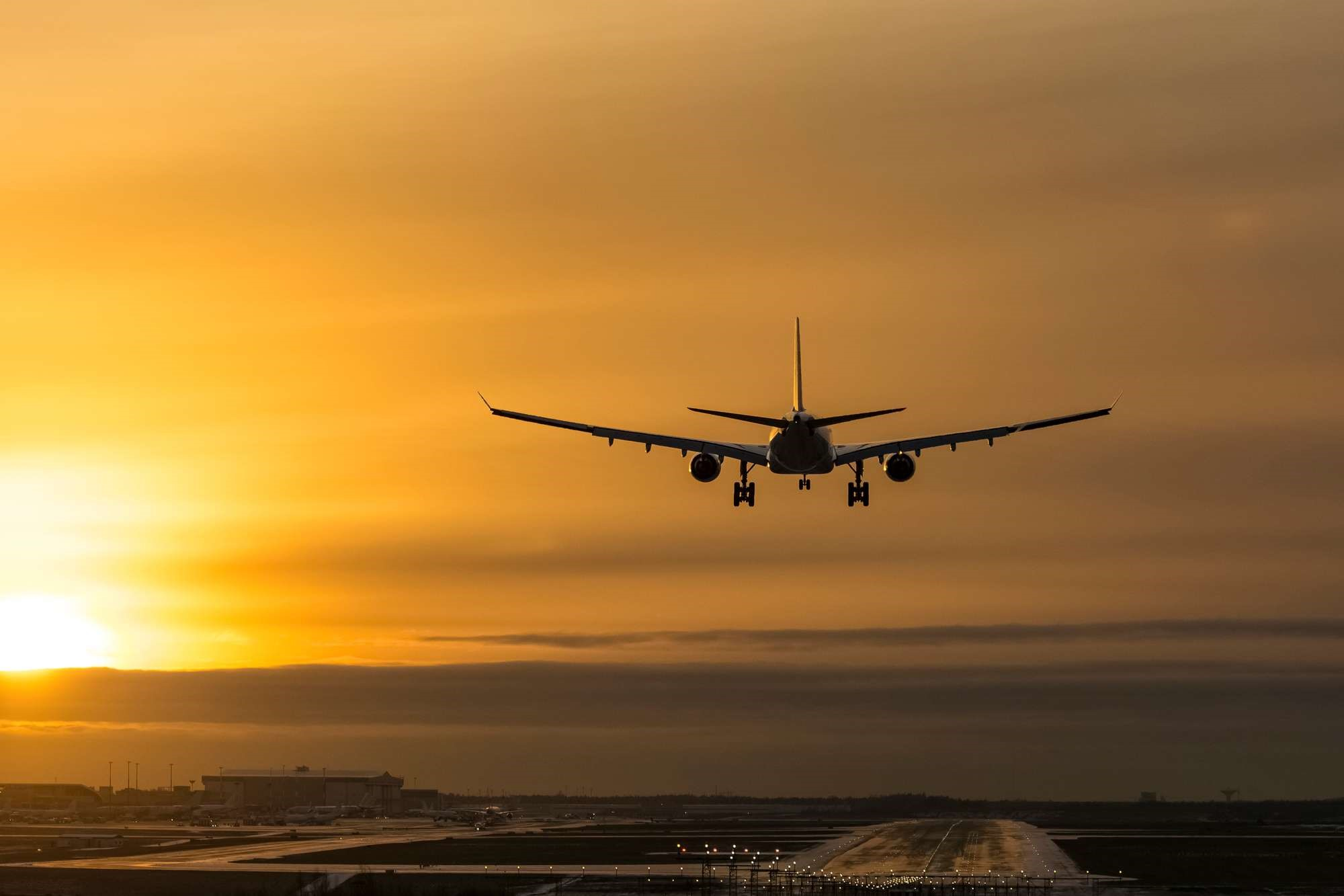 aircraft-landing-istk (provided by Discover The World)